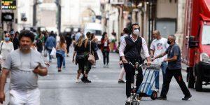 İtalya'da son 24 saatte 21 bin 315 Kovid-19 vakası tespit edildi