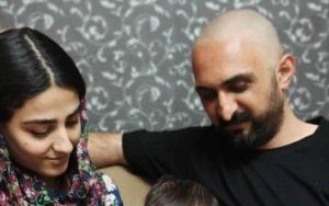 İran'da Azerbaycan Türkü aile bebekleri için Türkçe isim yazılı kimlik mücadelesini 9 ay sonra kazandı